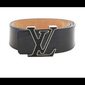 Louis Vuitton limited edn belt black epi leather